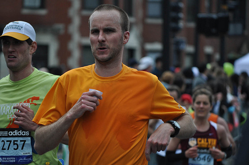 Dealing with high temperatures and humidity on marathon race day is a critical success factor. If you can't or don't know how to beat the heat, your day could end prematurely and most likely your finishing time will fall far outside of your goal window. Here are three ways to make sure you avoid these common problems.